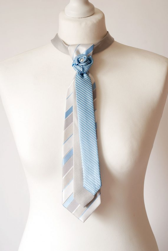 Triple Necktie