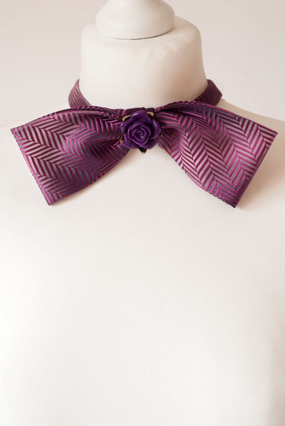 Oversized Style Bow Tie