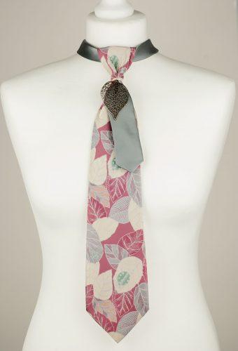 Leaf Pattern Necktie