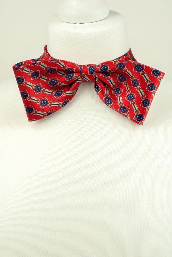 Oversized Style Bow Tie