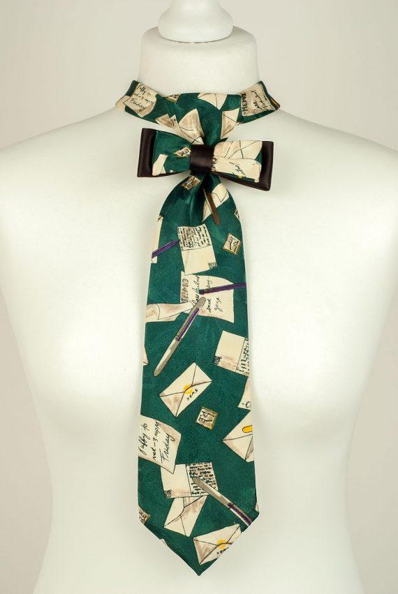 Letter Theme Necktie