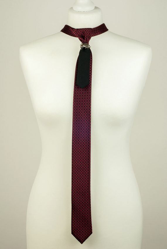 Bull Pendant Necktie